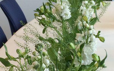 Sier du det med blomster?